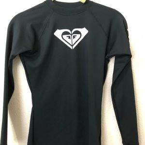 Roxy Womens Size Small Long Sleeved TeeShirt Black